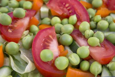 Sommer salat med friske ærter